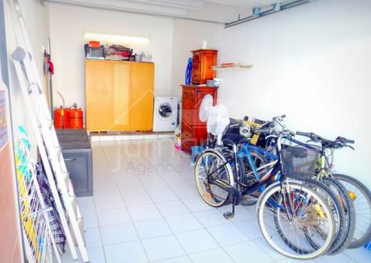 Maison avec terrasse, solarium et garage à Empuriabrava