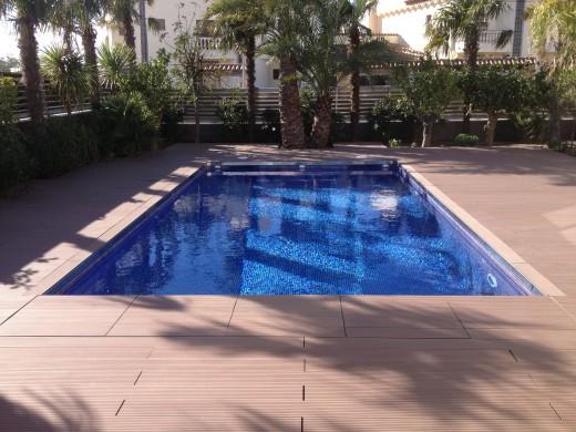 5 chambres, 336m2, amarre voilier de 27m, garage, piscine privé