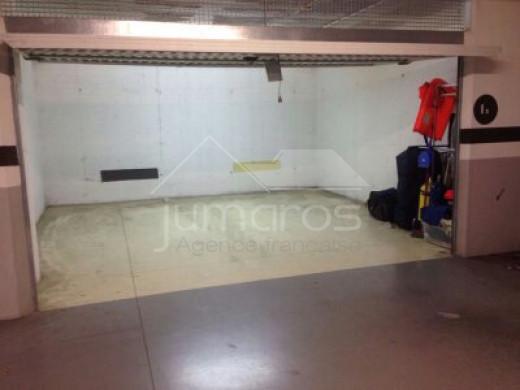 Parking souterrain sécurisé en plein centre de Rosas