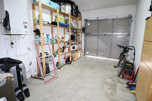Maison de construction récente, 3 chambres et garage