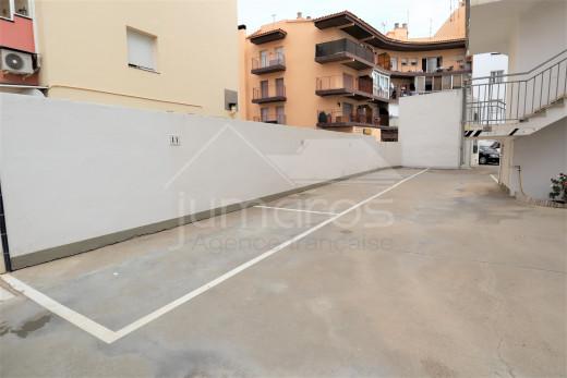 Appartement à 150 m de la mer avec terrasse et parking