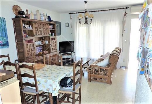 Maison mitoyenne de 2 chambres à Puig Rom