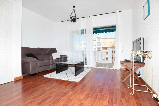 Maison 3 chambres avec amarre privée, garage et terrasse