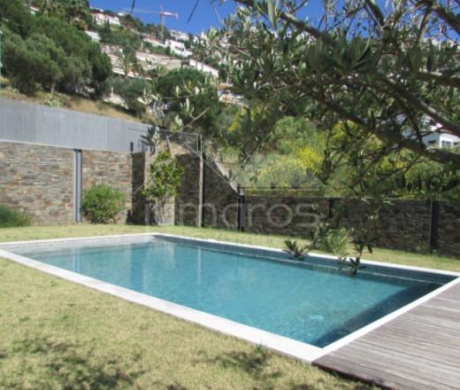 Villa contemporaine de luxe avec 6 chambres et piscine