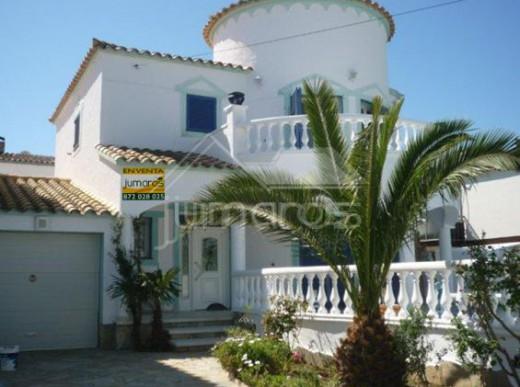 Achat vente villa Empuriabrava en Espagne