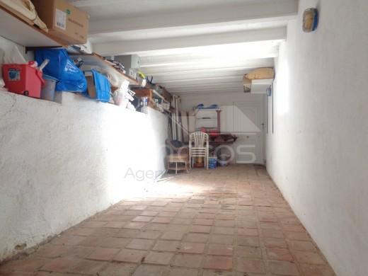 3 chambres, 110m2, vue mer, piscine, garage privé