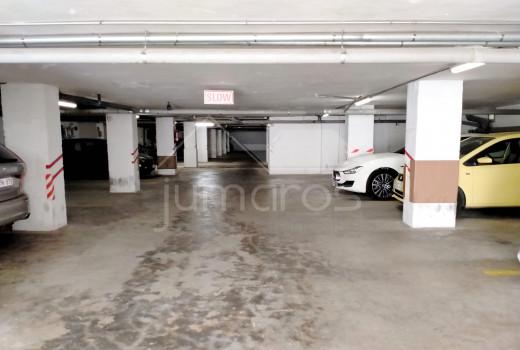 Opportunité!! Appartement 2 chambres + parking et cave, édifice Europa
