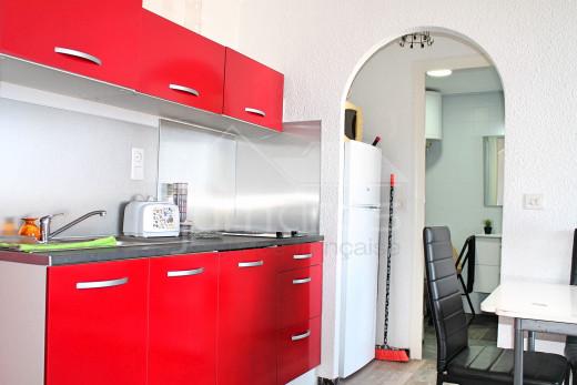 1 chambre, rénové avec terrasse et belle vue