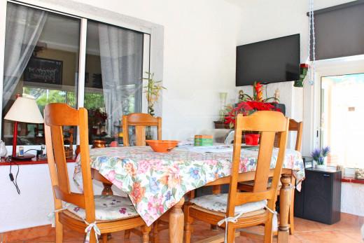 2 chambres avec grande terrasse, quartier calme