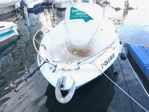 Amarre pour bateau moteur de 7m x 2,5m avec acte de propriété