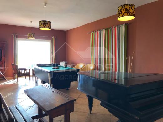 256m2, 5 chambres, vue mer, piscine et parking à Canyelles-Almadrava