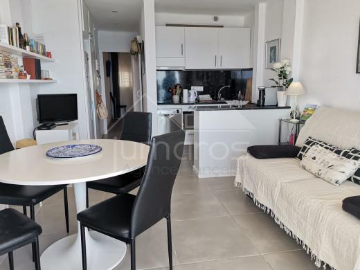 Appartement première ligne de mer, terrasse, parking et vue mer
