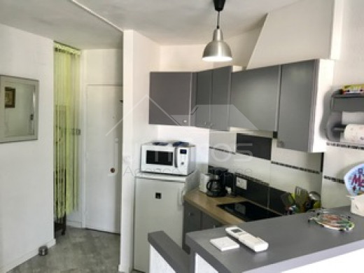 Apartment renovated, in the city center, near the beach