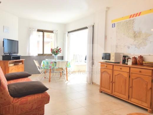 Coquet appartement de 40m2 en 1ère ligne de mer, Roses