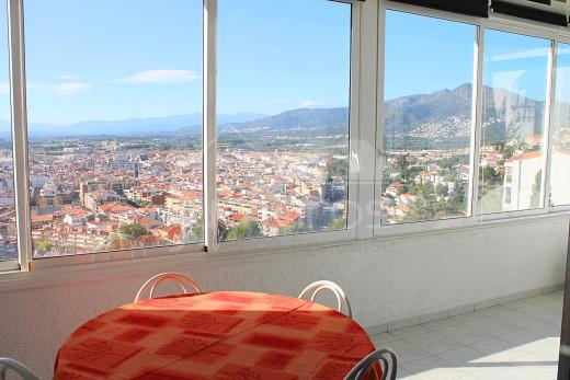 Très grand appartement à Roses, 4 chambres, 152m2, 2 parkings privés