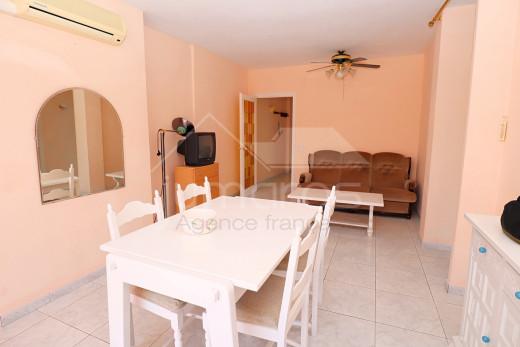 2 chambres + terrasse + parking privé