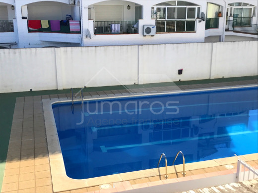 1 chambre, terrasse, garage et piscine communautaire