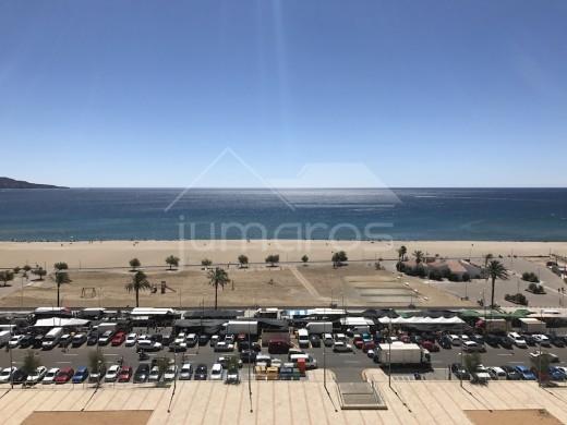 Rénové, vue mer, 50m de la plage