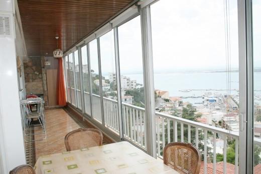 2 chambres, 115m2, garage privé, et magnifique vue