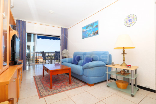 Appartement 2 chambres vue mer + parking et cave, plage à pied