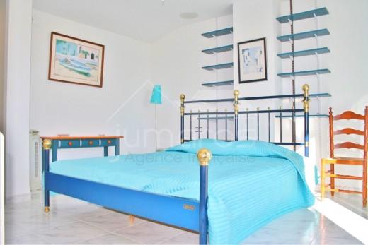 4 chambres, 183m2, piscine, 100 m de la plage d'Empuriabrava
