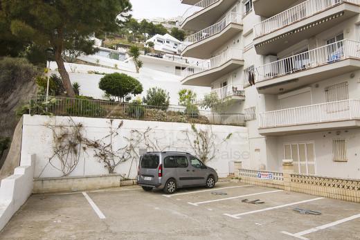 Appartement en première ligne de mer, garage fermé et terrasse