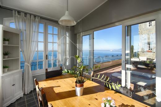5 chambres, 260m2, emplacement idéal, vue mer, proche plage